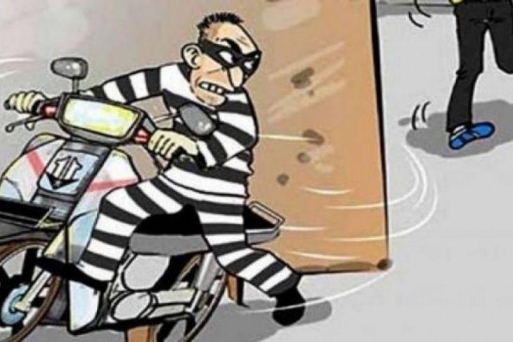 Polisi Tangkap Pelaku Curanmor Terekam CCTV