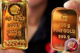 Emas turun tertekan kenaikan dolar AS
