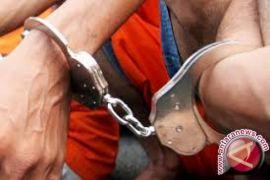 Polresta Jambi tangkap spesialis pembobol mobil