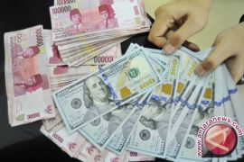 Rupiah Selasa sore menguat tipis ke Rp13.527 per dolar