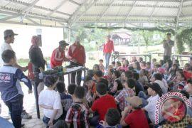 SD Bina Kasih kunjungi BPP Jambi
