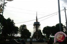 Tugu Keris Siginjai Jambi Dibuat Perajin Yogyakarta