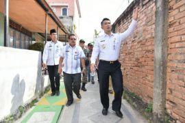 Walikota tinjau proyek penataan pemukiman