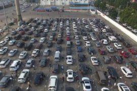 12.000 mobil wisatawan telantar di Pelabuhan Hainan