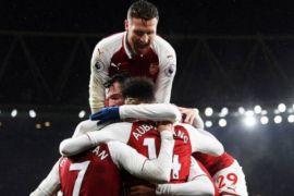 Arsenal tndukan Everton 5-1