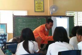 Peserta PPL ASEAN praktek mengajar di Jambi