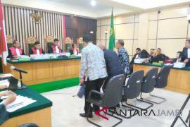 Empat saksi dihadirkan sidang suap APBD Jambi