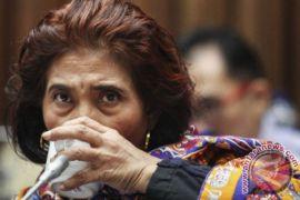 Menteri Susi larang air mineral  kemasan plastik pada acara KKP