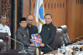 DPRD paripurnakan pengambilan keputusan pokok pikiran dewan