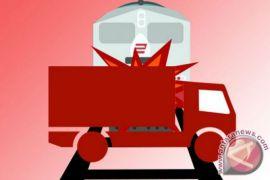 Kereta hantam kombi sekolah di India 13 anak tewas