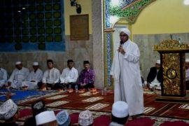 Peringatan Isra Miraj di Mesjid Raya Magat Sari