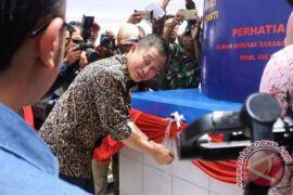 Jonan masak dengan biogas limbah manusia