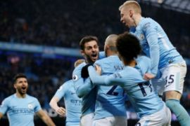 Manchester City gulung Everton 3-1