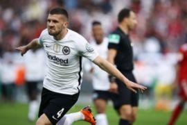 Frankfurt bikin kejutan, kalahkan Muenchen untuk juarai Piala Jerman