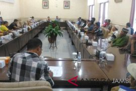 Komisi III tampung keluhan nelayan Danau Sipin