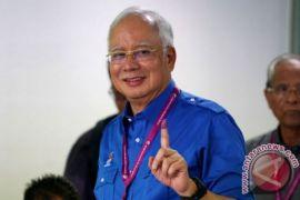 Polisi Malaysia gerebek apartemen keluarga mantan PM Najib