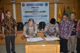 Unja-Unswagati Cirebon teken MoU
