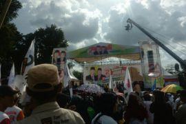 Fasha-Maulana janjikan bangun pasar rakyat tiap kecamatan