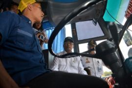 Zidni titip gambar ke Menhub untuk Presiden