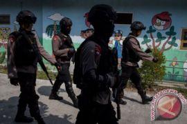 Densus 88 tangkap terduga teroris di Kendal