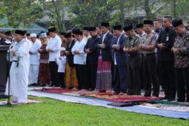 Jokowi sholat Id di Kebun Raya Bogor