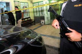 Densus 88 amankan tiga warga Blitar yang diduga terkait terorisme