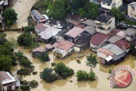 45 hilang dan 11 tewas akibat hujan super-deras di Jepang