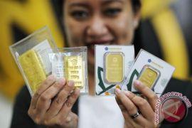 Emas turun tertekan kenaikan di pasar ekuitas