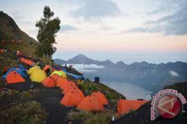 Jalur pendakian Rinjani ditutup akibat gempa