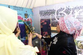 Dekranasda: kerajinan khas daerah mendukung promosi pariwisata