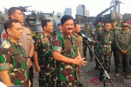 Ratusan alutsista TNI dipamerkan di Monas