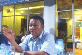Pangkalan AL Padang amankan lima kapal