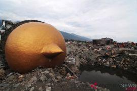 Desa Ramba dan kisah nenek tertutup runtuhan rumah