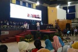 Di Bogor, 2.040 lulusan Sekolah Ibu diwisuda