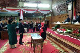 Sufardi Nurzain resmi jabat Wakil Ketua DPRD Provinsi Jambi