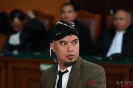 Jaksa tuntut Ahmad Dhani dua tahun penjara