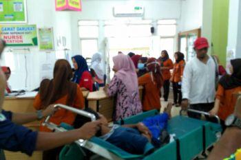 Puluhan warga Desa Rambutan Masam keracunan makanan