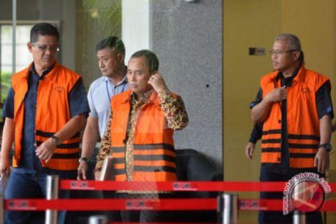 KPK sudah geledah tujuh tempat lagi, 38 saksi diperiksa terkait korupsi Jambi