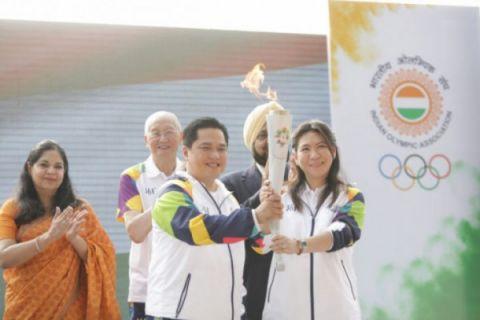Susi Susanti bawa api Asian Games di Yogyakarta