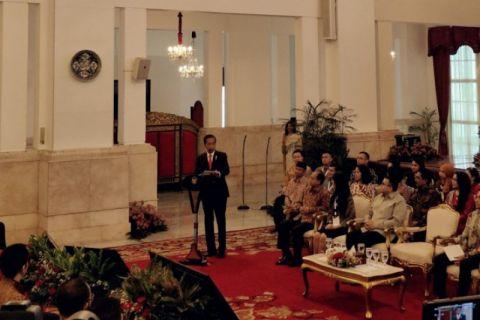 Presiden membuka Konvensi Nasional Humas 2018