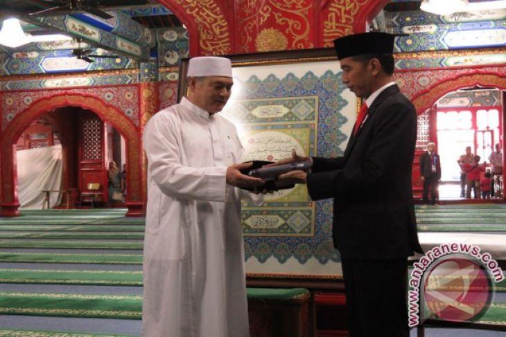 Jokowi kedua setelah Gus Dur kunjungi Masjid Niujie
