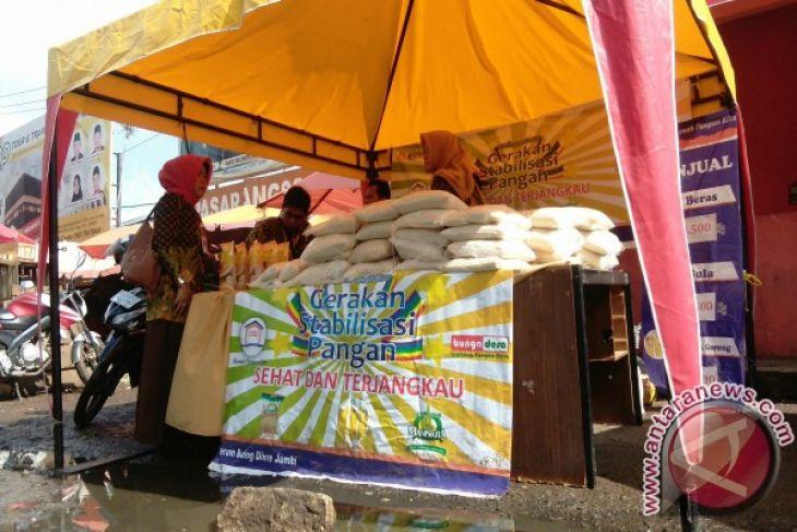 Bulog Jambi gelar operasi pasar kebutuhan pokok