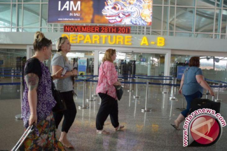 Bandara Ngurah Rai Bali beroperasi kembali