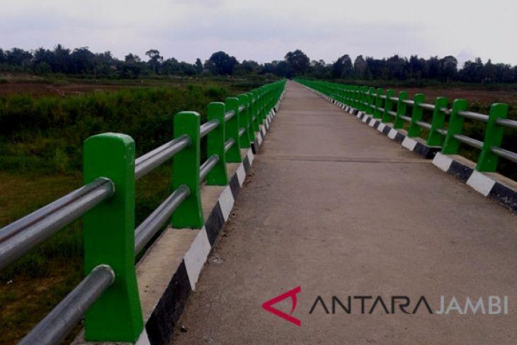 Jembatan di Pelayangan Jambi