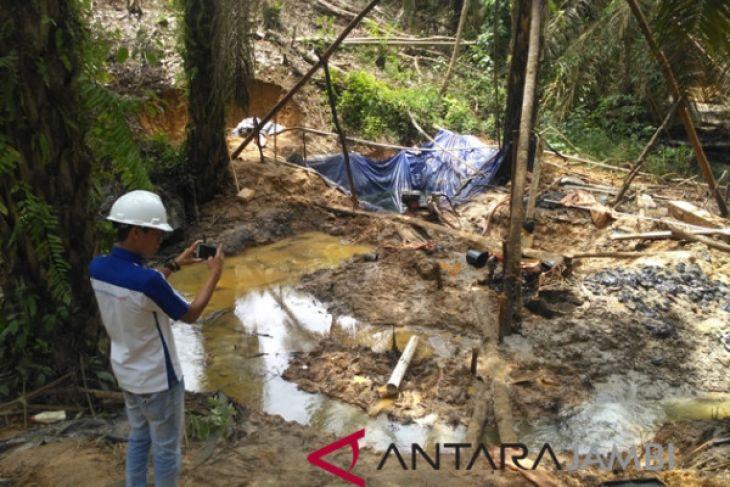 Meski ditutup penambangan minyak ilegal Batanghari beroperasi lagi
