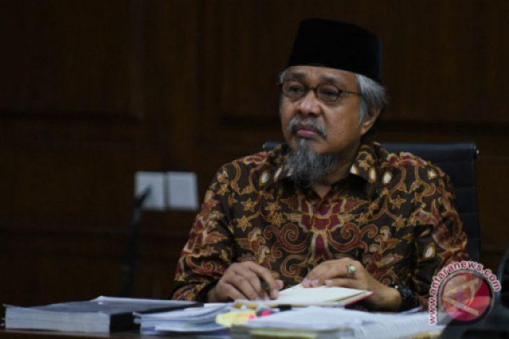 Gubernur Nur Alam divonis 12 tahun penjara