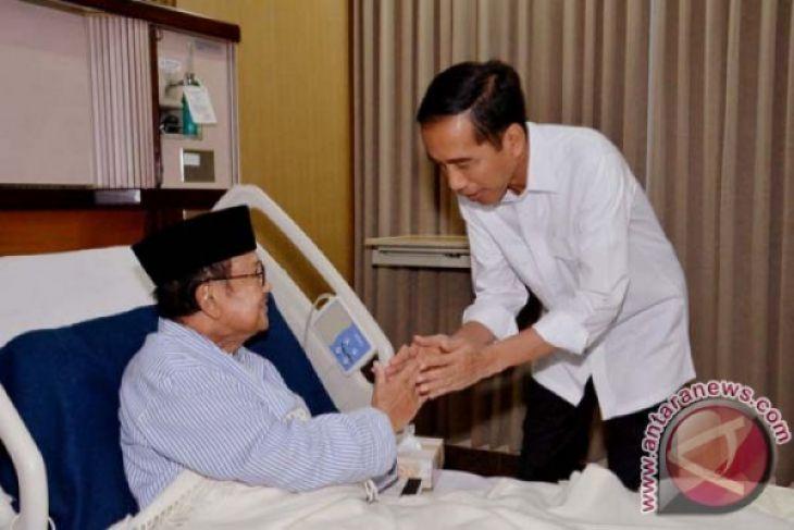 Dokter pilihan Presiden untuk BJ Habibie
