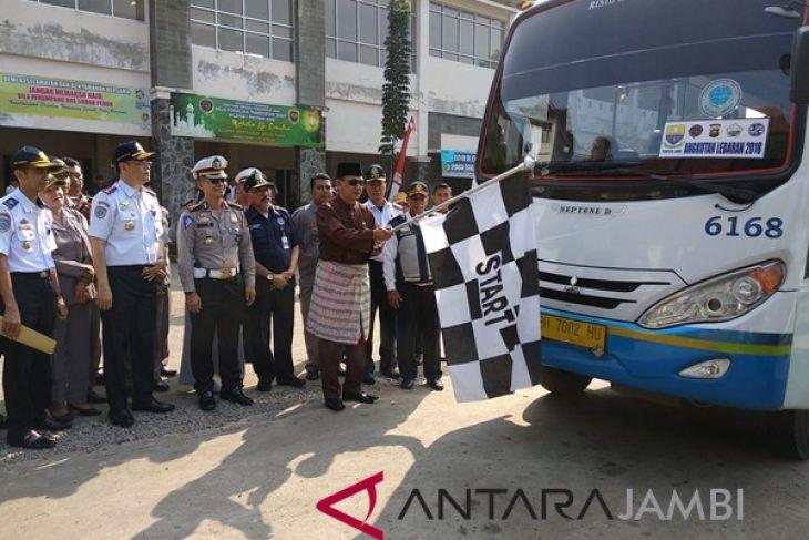 Sekda lepas bus pertama angkutan lebaran