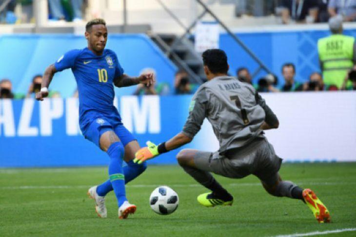 Brasil gilas Kosta Rika 2-0