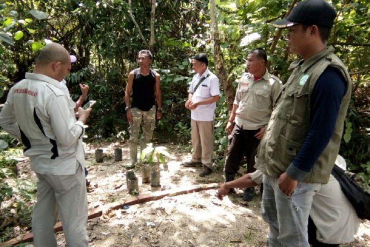 Ade Chandra kader pencegahan karhutla dari Tebo